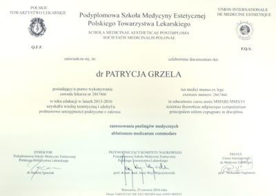 Dyplom Grzela Patrycja Demed Zastosowanie Peelingow Medycznych